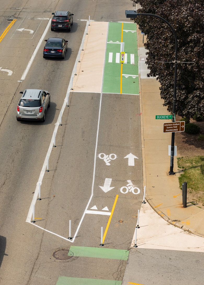 Hands on Exchange, a bikeway Tactical Urbanism project in Akron, OH, included new crosswalks, new curb extensions, and bus stop treatments